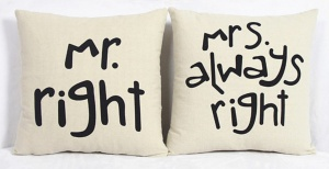 Poduszki  MR RIGHT MRS , ALWAYS RIGHT 2 szt komplet